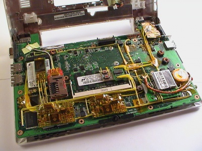 Eee overview motherboard bottom.jpg